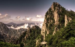 image source: http://faxo.com/high-mountain-top-25051